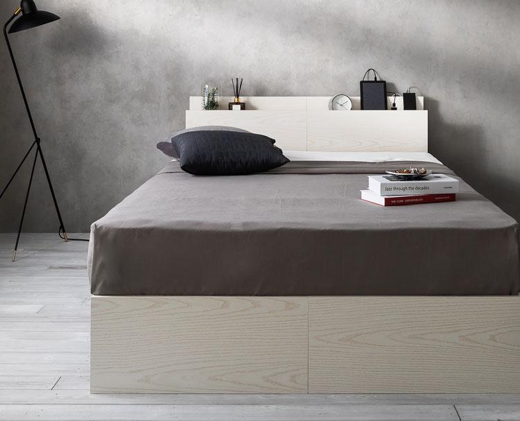プリント紙を使用したベッド