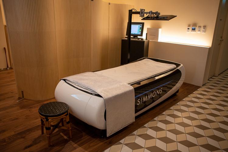 寝姿勢測定システム「シモンズアジャスタブルメジャーベッド」