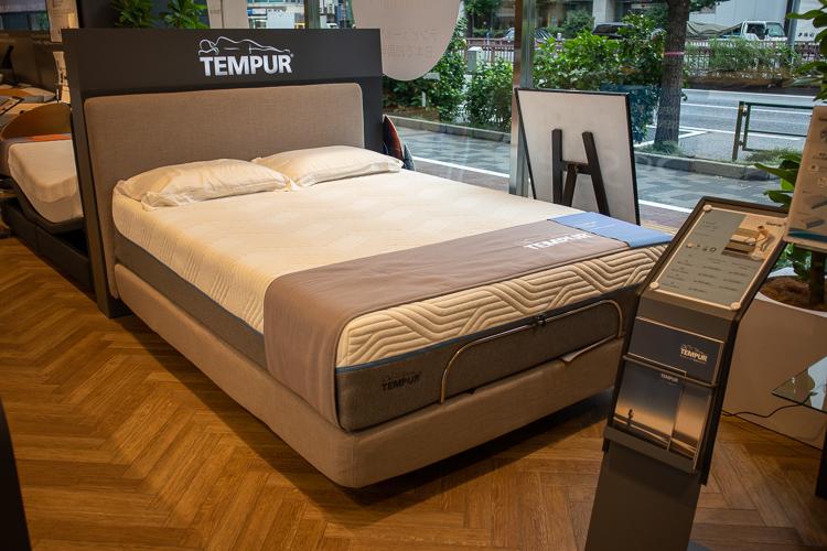 テンピュール® のベッドフレーム