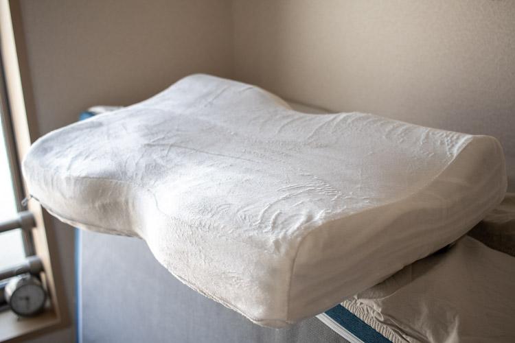 枕カバーの質感(ベロア)