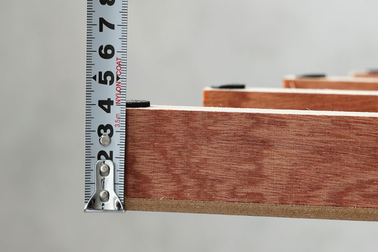 床板の厚み