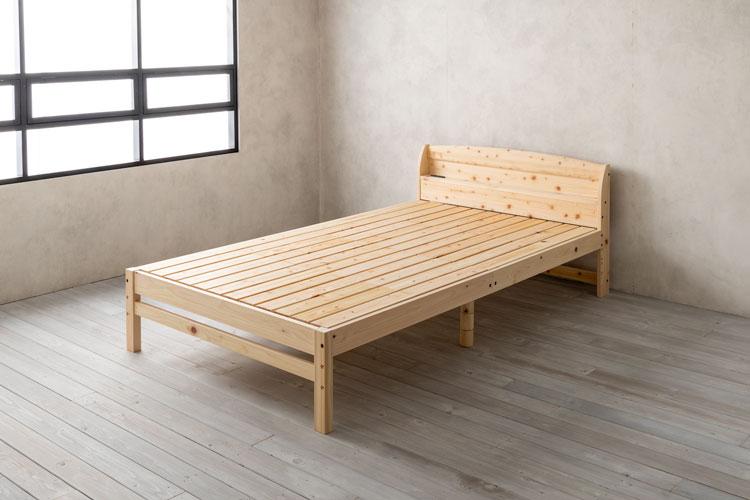 ベッドフレームの完成